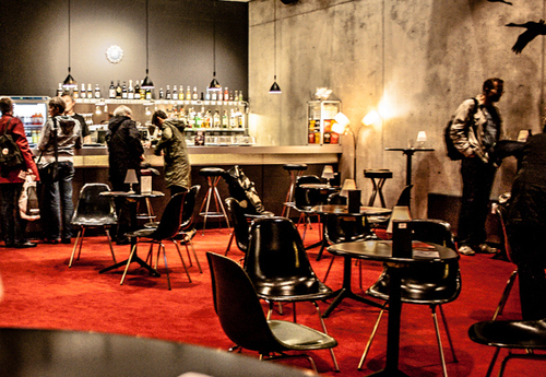 Needs translation: Metropolis Kino innen Bar